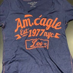 American Eagle blue orange T-shirt medium